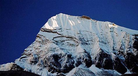 Tharpu Chuli Trekking Peak